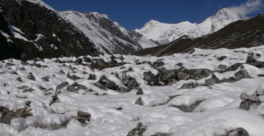 high passes everest base camp trek
